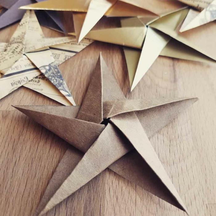 eine Menge Weihnachtssterne aus Papier, 3D Sterne, Bastelideen Weihnachten aus Altpapier