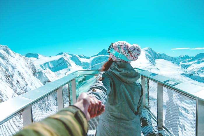 Warum blasse Winterhaut und die Höhensonne der Alpen nicht gut miteinander harmonieren