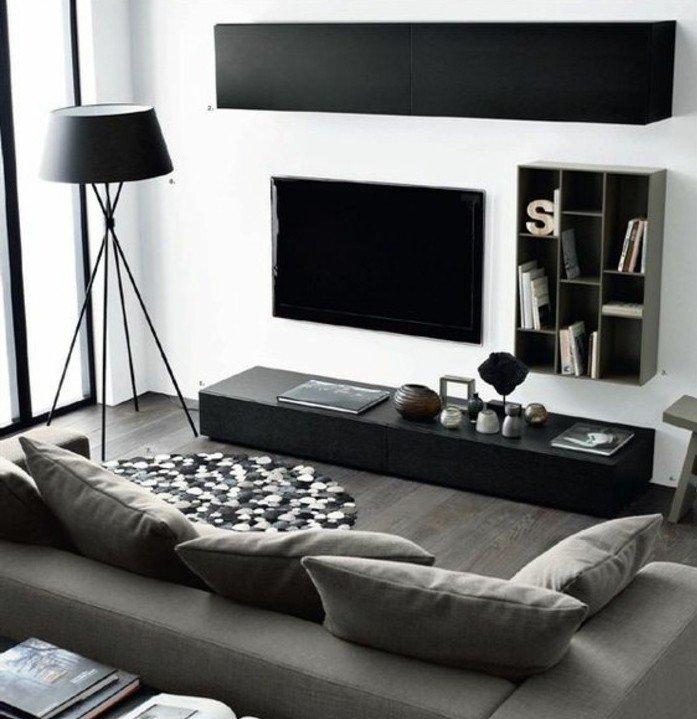 weiße Wandfarbe, Wohnzimmer Grau Weiß streichen, eine graue Lampe, grau weißer Teppich