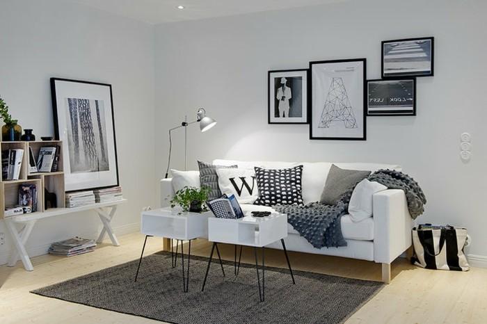 ein grauer Teppich, eine weiße Couch, zwei weiße Couchtische, Wohnzimmer Ideen Weiß Grau