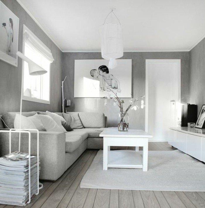 ein graues Zimmer mit weißem Teppich, Wohnzimmer Grau Weiß, ein Bild von zwei Kindchen