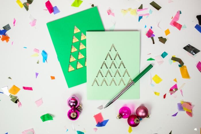 zwei Karten in grüner Farbe, mit Cuttermesser ausgeschnitten, Weihnachtskarten gestalten
