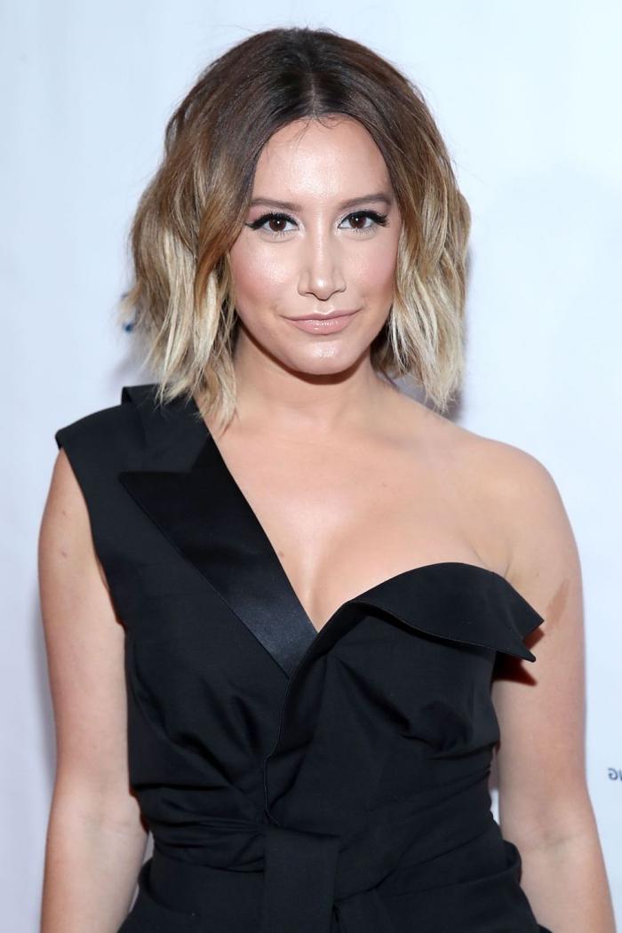 kurze hasennussbraune haare mit blonden spitzen, schwarzes abendkleid, frisur für langes gesicht