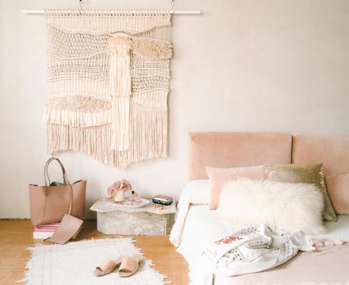 makramee knüpfen anleitung, ideen für designs in gestaltung bodenmäßig, beige und weiß
