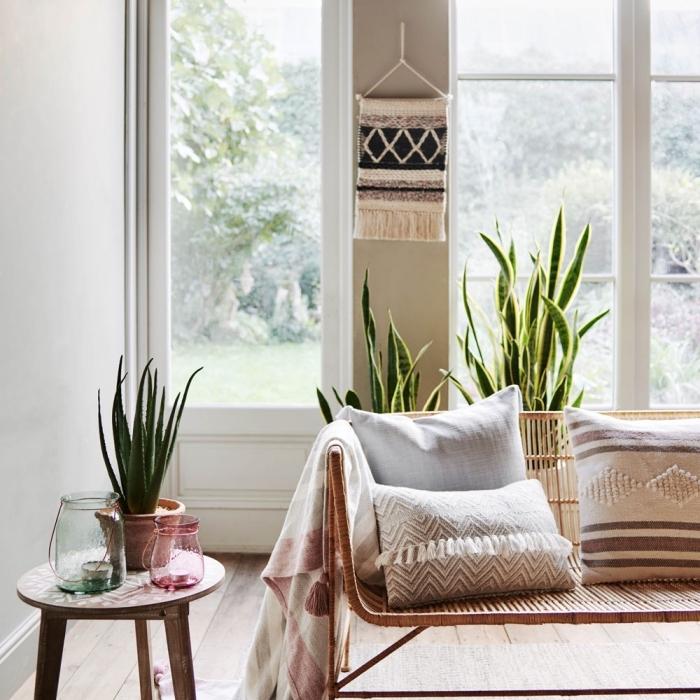 makramee vorhang ideen, orientalisches zuhause gestalten kissen, sessel sofa, wand dekorieren
