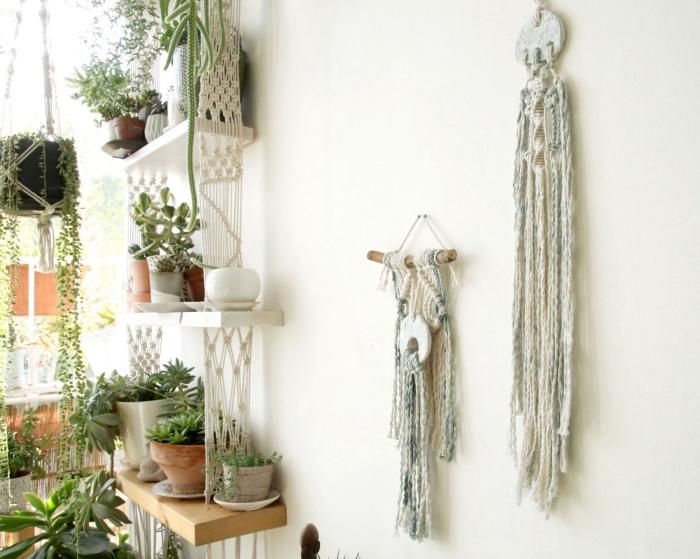 makramee wandbehang ideen dekorationen gestaltung, viele blumen grüne pflanzen im raum