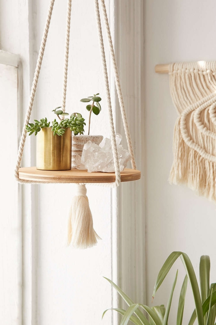 makramee vorhang oder deko für die blumen zu hause selber machen, kreative regal idee