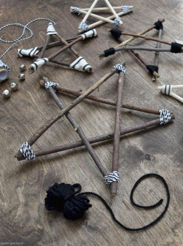 Schnuren und Stocken bilden Sterne, Weihnachten basteln mit Kindern, rustikale Deko