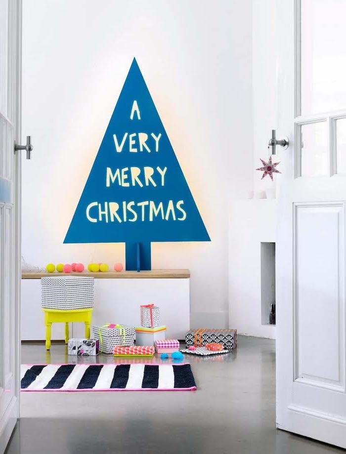 Coole Alternative zum klassischen Weihnachtsbaum, Tannenbaum an die Wand malen