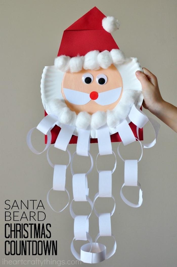 Weihnachtsmann aus Pappteller basteln, Bart aus weißer Girlande, DIY Ideen für Kinder