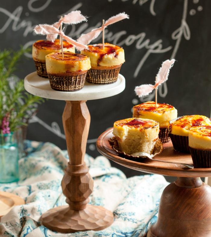 weihnachtlicher nachtisch selber machen, cupcakes mit creme brulee, muffins rezepte