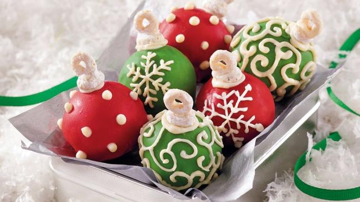 schnelle winterliche desserts, weihanchtskugel selber machen, nachtisch ideen weihnachten