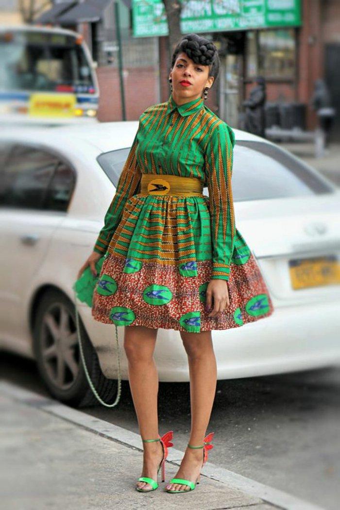 stoffe online kaufen um solche stilvolle alltagskleider zu nähen, stilideen von afrika, großer gelber gürtel, grünes kleid
