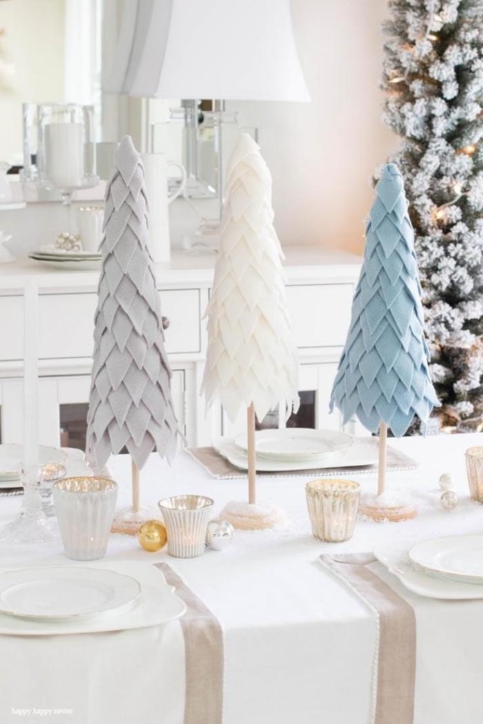 bastelanleitung tannenbaum aus papier falten und mit filzstoff dekorieren, tischdeko zu weihnachten