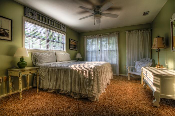 Boxspringbetten im Landhausschlafzimmer, Einrichtung für einen gesunden und erholsamen Schlaf