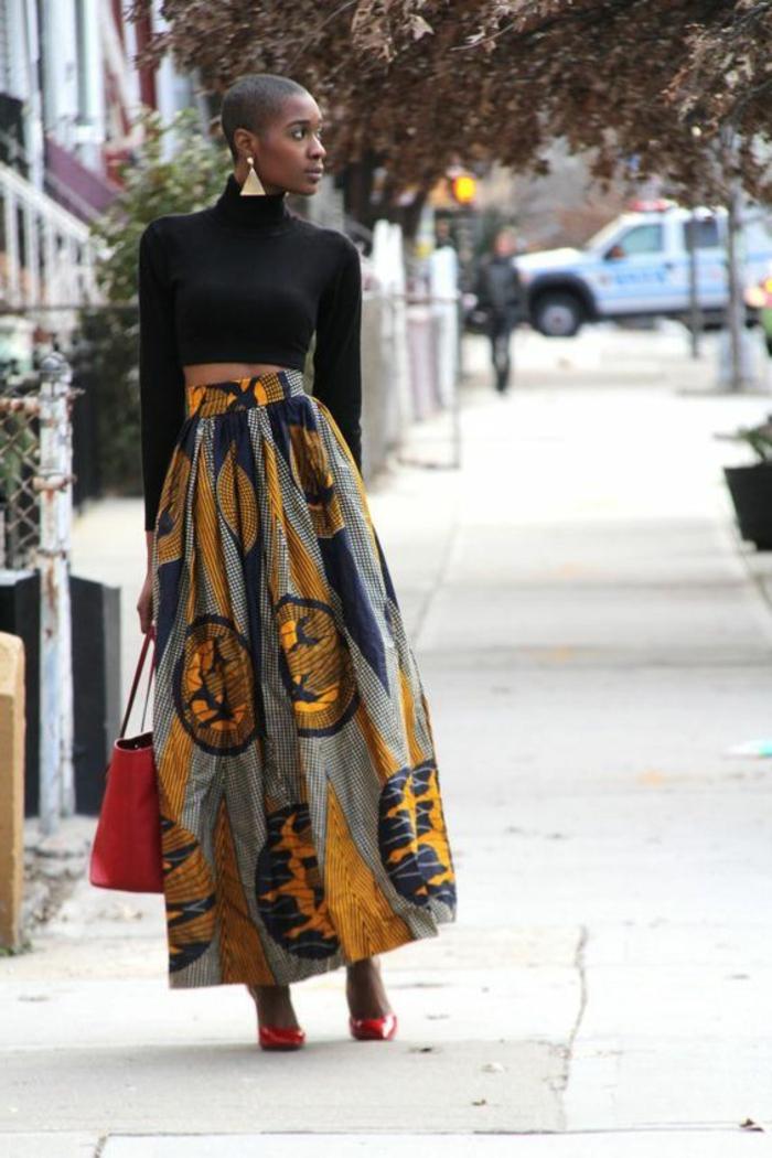 kaftan afrikanische kleidung ideen, schwarze bluse am körper, langer rock mit highwaist, rote tasche