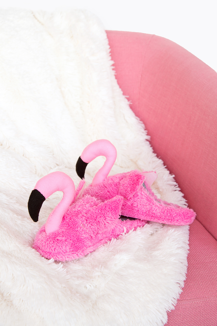 Flamingo Pantoffeln selber nähen und zu Weihnachten schenken, schönes Weihnachtsgeschenk für Freundin