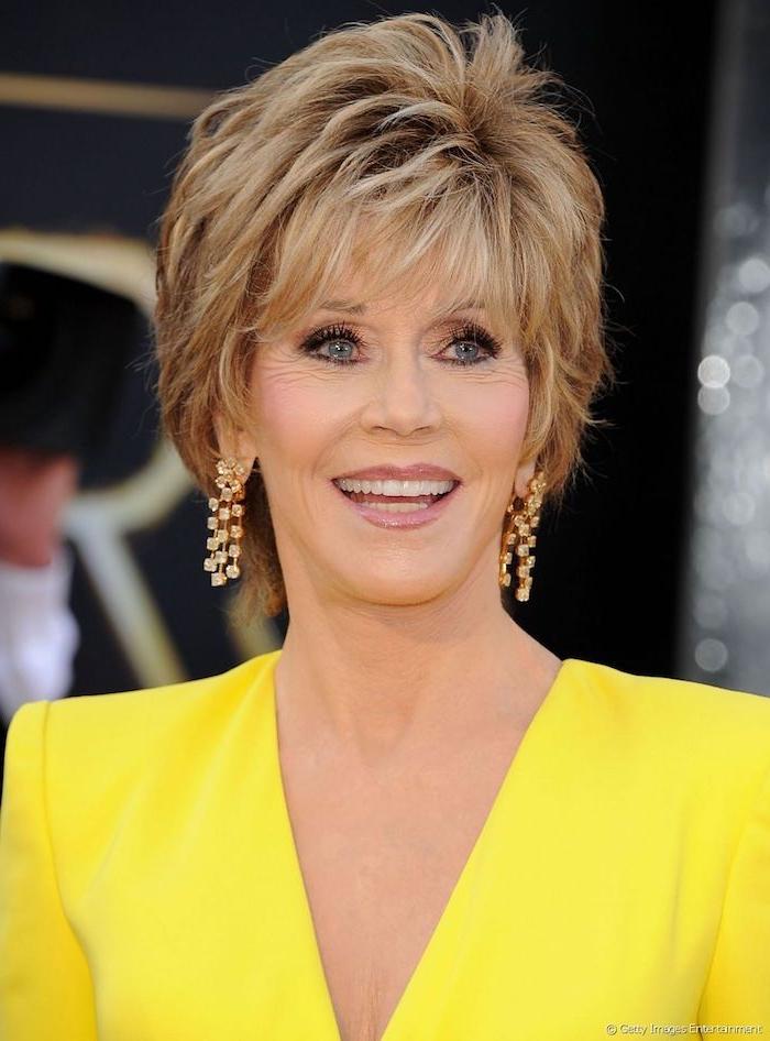 Jane Fonda Hairstyle, moderne Kurzhaarfrisuren für ältere Frauen, dunkelblonde Haare