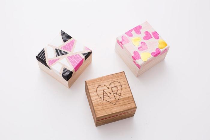 geschenkideen für den freund, box aus holz mit fotos, valentinstags geschenke diy