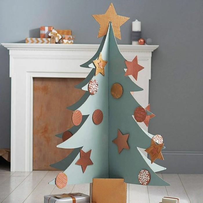 pappmöbel anleitung, möbel und deko selber machen, weihnachtsbaum aus papier in grün und golden