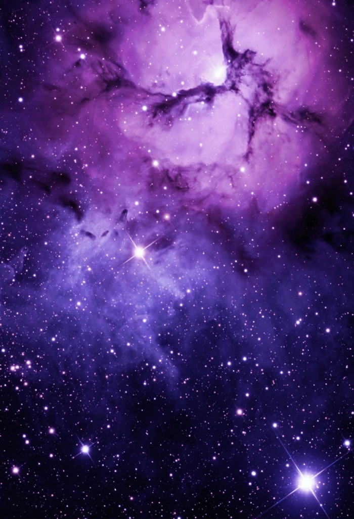 hintergrundbilder ideen mit der weltall, bunte mischung aus blau, lila und rosa mit schwarz, schattierungen und sterne leuchtend darauf