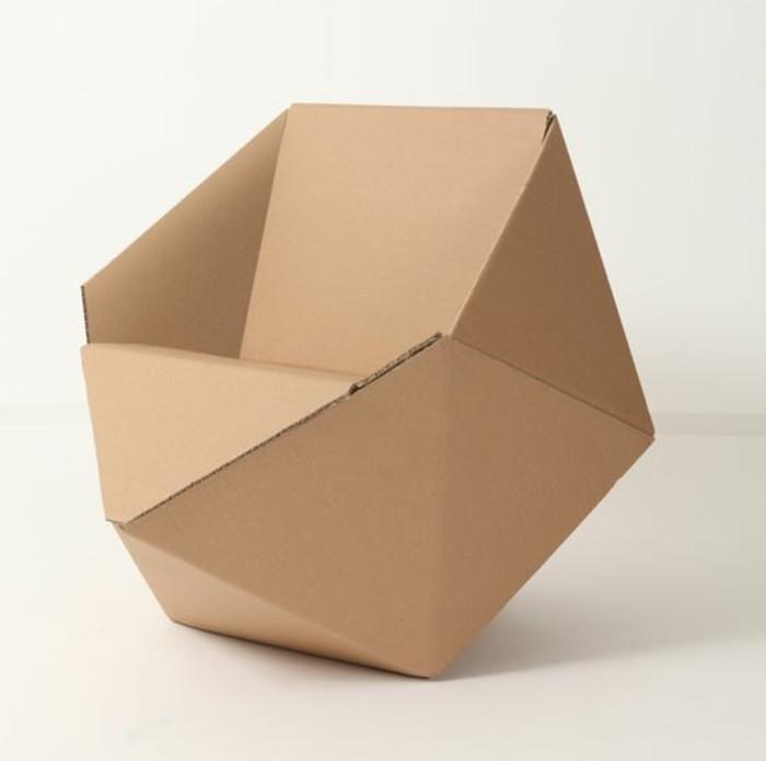 stange design, kreative form von einem sessel, kartonsessel, kartonmöbel, weißer hintergrund