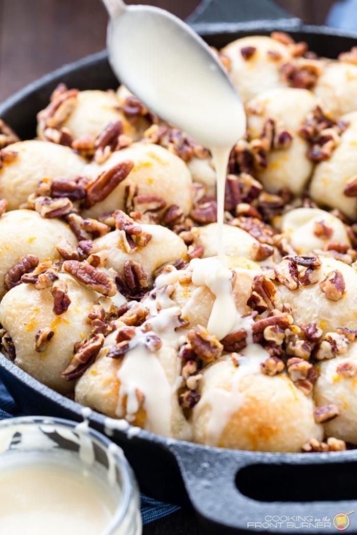 nachtisch ideen, weiße soße, partyrezepte zum vorbereiten am vortag, bällchen mit erdnüssen