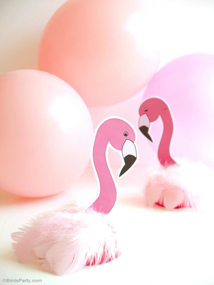 rosa Flamingo, Tischdeko für Geburtstag, rosa Ballons, rosa Feder, schnelle und einfache Bastelanleitung