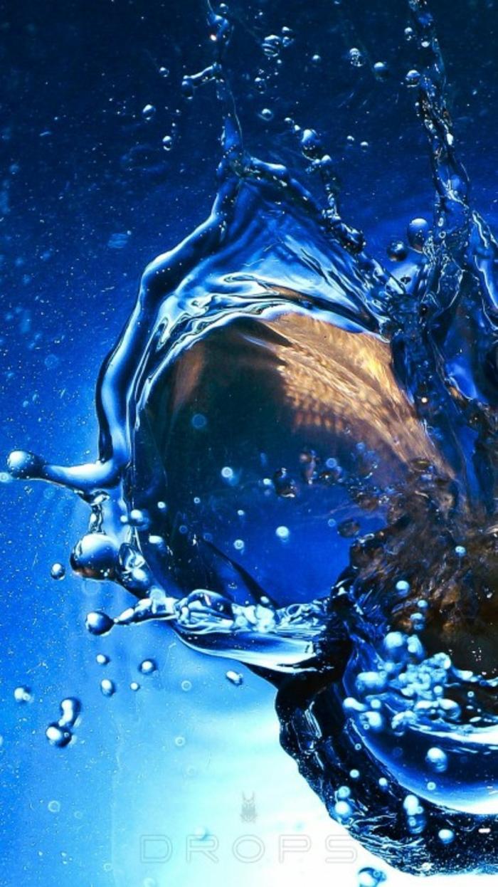 ein Tropfen, in dem blauen Wasser, Hintergrundbilder kostenlos, verschiedene Schattierungen von Blau
