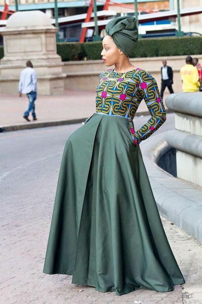 afrikanische kleider ideen für moderne damen, langer rock mit buntem oberteil, alles in dunkelgrün, turban