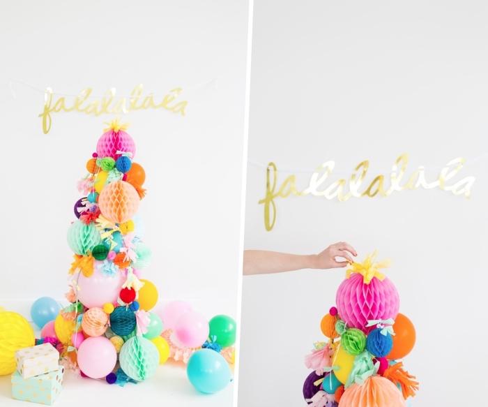 tannenbaum basteln aus luftballons, bunten wabenbällen und girlande, goldene buchstaben