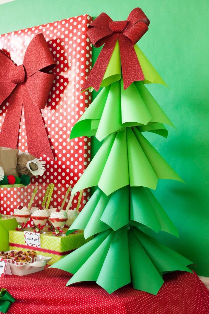 tannenbaum falten, rote schleife, kegel aus grünem papier, diy tutorial