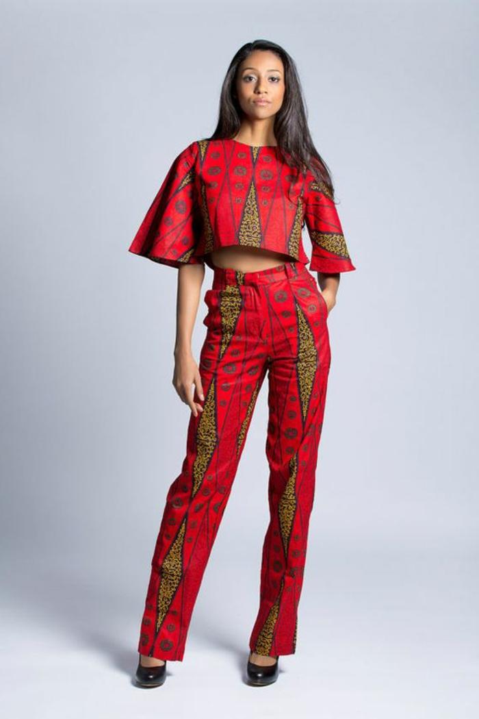 afrikanische mode ideen für outfits aus zwei teilen, rote bluse mit breiten ärmeln und hose, passend dazu