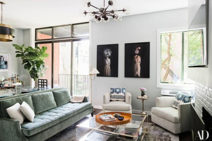 ein grünes Sofa mit rosa Kissen, Bilder selbst gestalten Ideen, schöne Bilder für Frauen, zwei Sessel