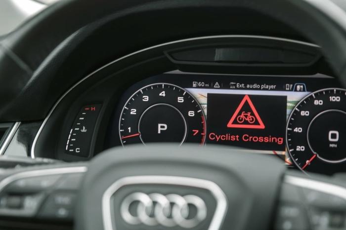 das neue 5G System erlaubt, dass alle Autofahrer gewarnt werden, dass gefährliche Verkehrsmittel nähren