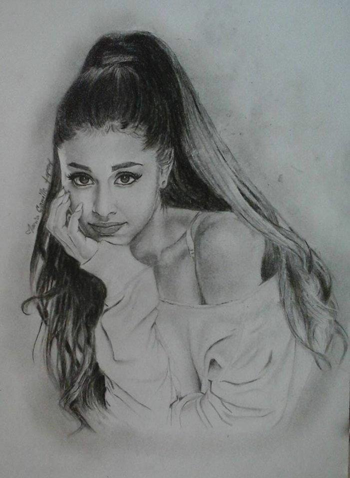 eine Zeichnung von Ariana Grande, ein Mädchen mit langem, blondem Haar und weiße Bluse