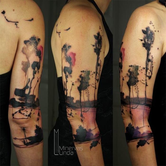 tattoos mit bedeutung, arm tattoo frau, abstrakte tätowierung, arm