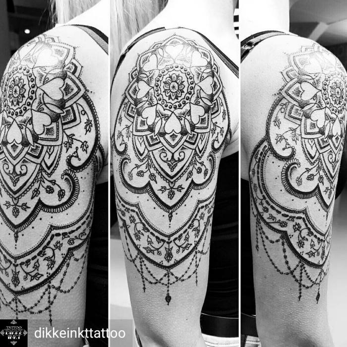 arm tattoos für frauen, großes mandala tattoo am oberarm, detaillierte tätowierung