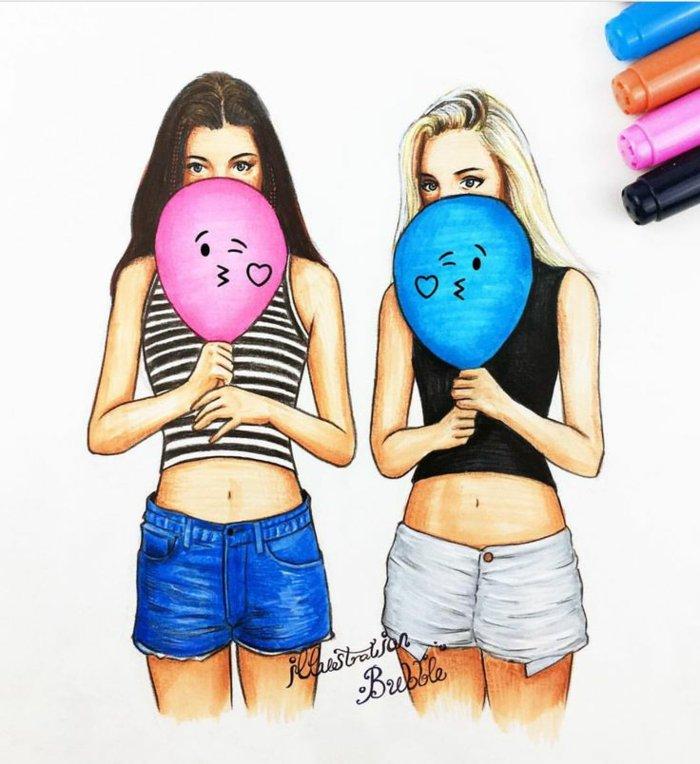 zwei Mädchen, die nach letzten Trends gekleidet sind, tragen zwei Ballons, ein rosa und ein blaues, die Kuss geben