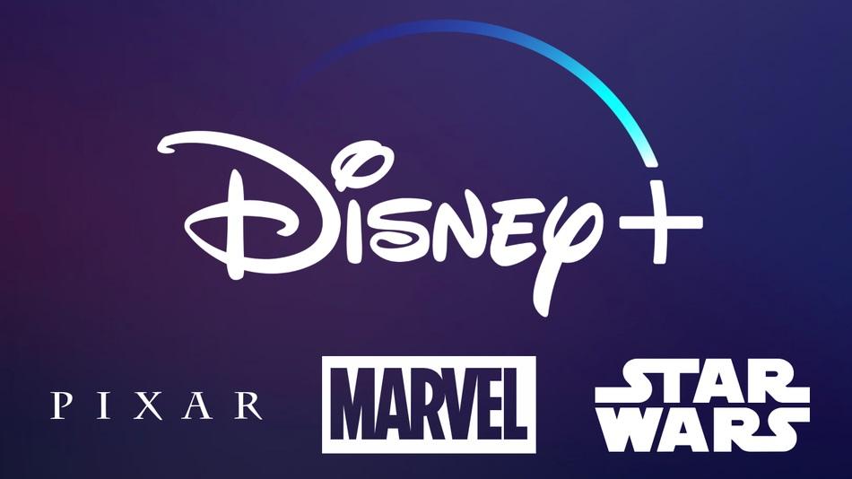 das Logo von Disney Plus auf blauem Hintergrund mit den Logos auch für die anderen Partner