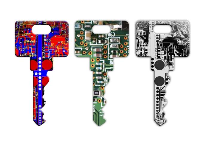 drei Schlüssel in bunten Farben, Bluetooth Navigation, eine Technologie der Zukunft