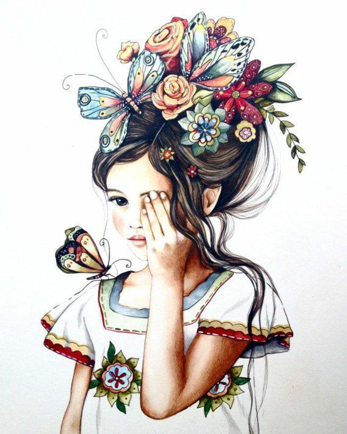 eine Mädchen Zeichnung, ein Mädchen mit Schmetterlinge und Blumen im Haar, und eine weiße Bluse mit Blumenmuster