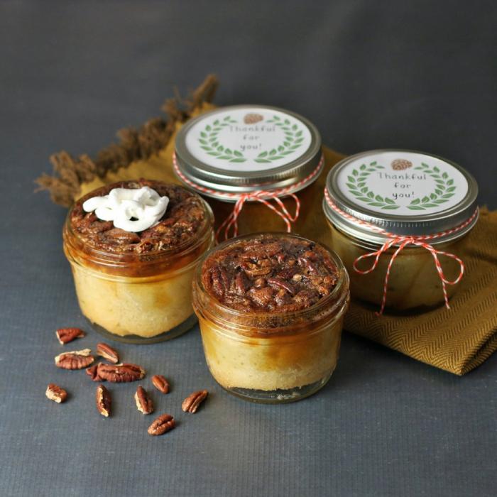 einfache kuchenrezepte, kleine einmachgläser, geschenk in einmachglas