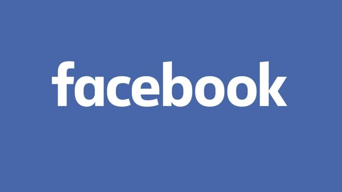 das Logo von Facebook, weiße Buchstaben auf blauem Hintergrund, Facebook Petition