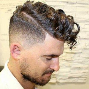 63 Tipps für Männer mit lockigem Haar. Die Frisuren von 2021!