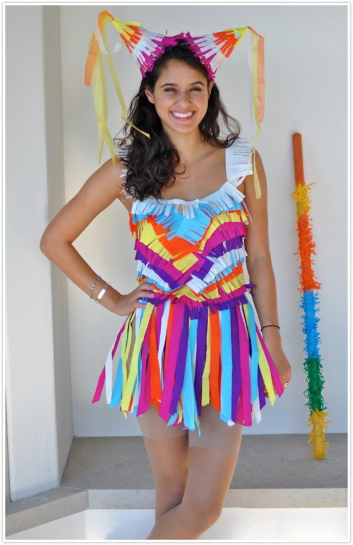 halloween schminktipps und lustige bunte ideen zum outfit, fasching ideen, buntes kelid aus papier