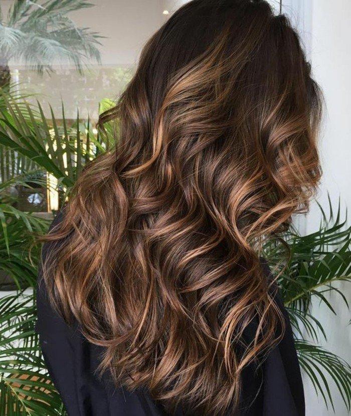 welche haarfarbe passt zu mit ideen wie das braune zu verschönern und erfrischen, haselnussfarbe strähnen