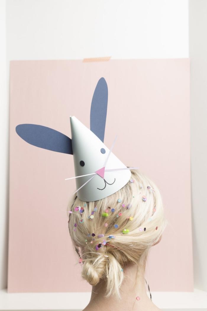 hase falten, parytdeko ideen, parythüte hasen selber machen, papierkegel als osterhase dekorieren
