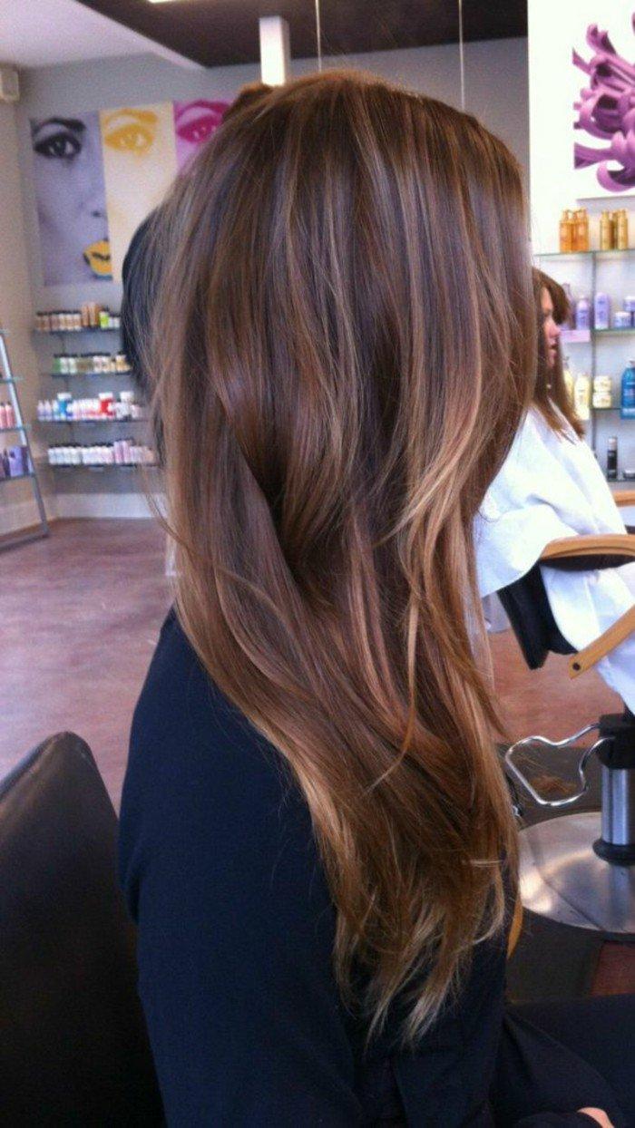haarfarben ausprobieren, am besten beim frisör, langes haar, düne haare färben, tipps und ideen