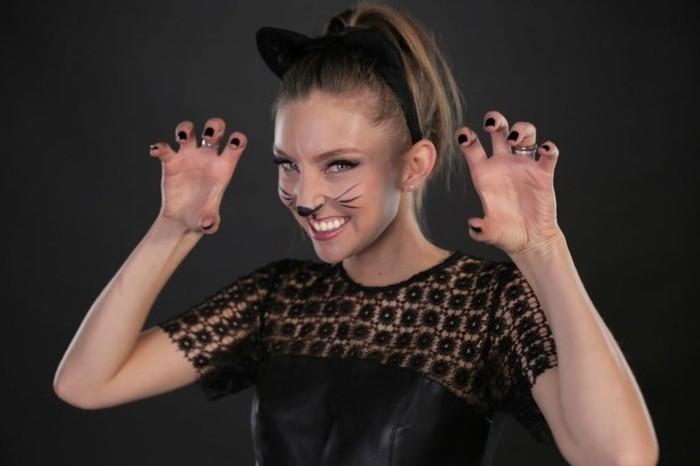 last minute kostüme, eine katze selber machen ist die einfachste idee, katzenohren, schwarze bluse, bisschen make up